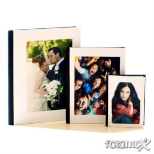43e2deec25 Stampa Fotolibro con foto digitali - Crea online i foto libri | Fotomox